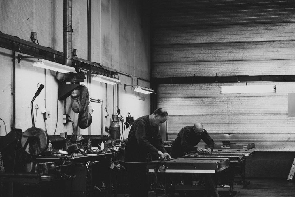 Industriele Tafel Poten : Maximavida teak tafel sunda cm blank gelakte industriële